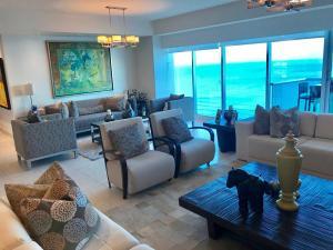 Apartamento En Alquileren Panama, Costa Del Este, Panama, PA RAH: 19-8917