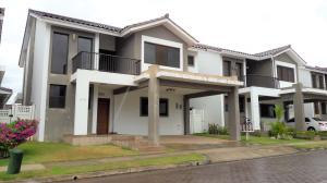 Casa En Alquileren Panama, Brisas Del Golf, Panama, PA RAH: 19-9120