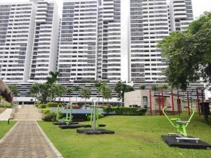 Apartamento En Ventaen Panama, Condado Del Rey, Panama, PA RAH: 19-9143