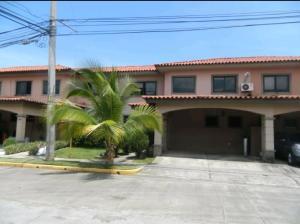 Casa En Alquileren Panama, Versalles, Panama, PA RAH: 19-9177