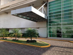 Apartamento En Ventaen Panama, Costa Del Este, Panama, PA RAH: 19-9409