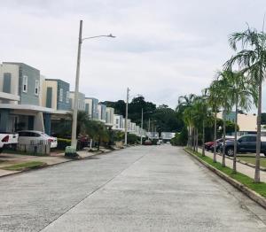 Apartamento En Ventaen Panama, Brisas Del Golf, Panama, PA RAH: 19-9458
