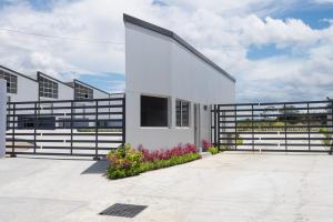 Galera En Alquileren Panama, Milla 8, Panama, PA RAH: 19-9651