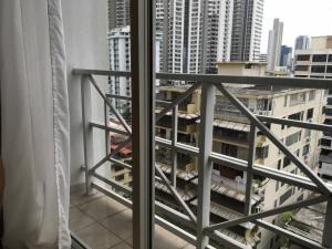Apartamento En Alquileren Panama, El Cangrejo, Panama, PA RAH: 19-9704