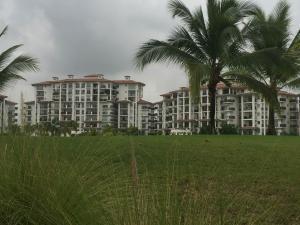 Apartamento En Ventaen Panama, Santa Maria, Panama, PA RAH: 19-9711