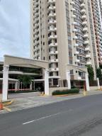 Apartamento En Alquileren Panama, San Francisco, Panama, PA RAH: 19-10078