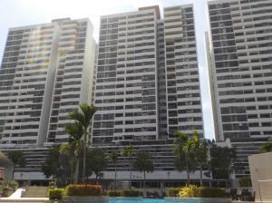 Apartamento En Ventaen Panama, Condado Del Rey, Panama, PA RAH: 19-9882