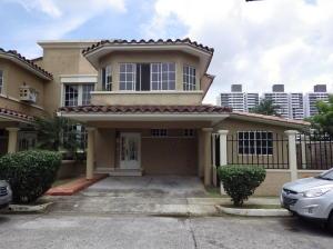 Casa En Ventaen Panama, Condado Del Rey, Panama, PA RAH: 19-9958