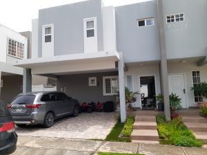 Casa En Alquileren Panama, Brisas Del Golf, Panama, PA RAH: 19-10018