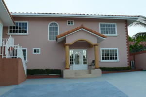 Casa En Ventaen Chame, Coronado, Panama, PA RAH: 19-10099