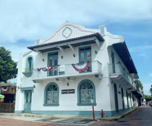 Local Comercial En Alquileren Panama, Casco Antiguo, Panama, PA RAH: 19-10170