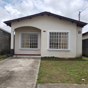 Casa En Alquileren Panama, Tocumen, Panama, PA RAH: 19-10259