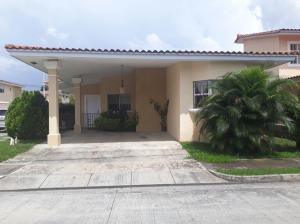 Casa En Ventaen Panama, Brisas Del Golf, Panama, PA RAH: 19-10375