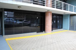 Local Comercial En Alquileren Panama, Bellavista, Panama, PA RAH: 19-10490