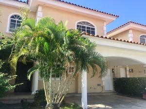 Casa En Alquileren Panama, Costa Del Este, Panama, PA RAH: 19-10475