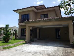 Casa En Alquileren Panama, Clayton, Panama, PA RAH: 19-10714