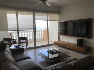 Apartamento En Alquileren Panama, Avenida Balboa, Panama, PA RAH: 19-10725