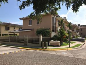 Casa En Ventaen Panama, Clayton, Panama, PA RAH: 19-10772