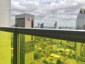 Apartamento En Alquileren Panama, Avenida Balboa, Panama, PA RAH: 19-10992