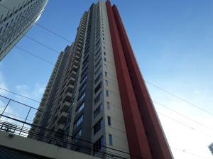 Apartamento En Ventaen Panama, Carrasquilla, Panama, PA RAH: 19-11000