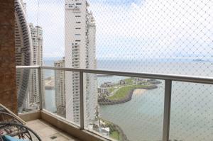 Apartamento En Alquileren Panama, Punta Pacifica, Panama, PA RAH: 19-11068