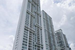 Apartamento En Ventaen Panama, Costa Del Este, Panama, PA RAH: 19-11072