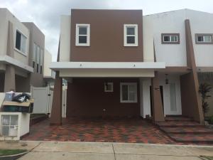 Casa En Ventaen Panama, Brisas Del Golf, Panama, PA RAH: 19-11236