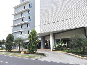 Apartamento En Ventaen Panama, San Francisco, Panama, PA RAH: 19-11404