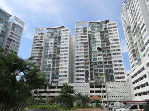 Apartamento En Alquileren Panama, 12 De Octubre, Panama, PA RAH: 19-11476