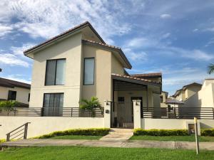 Casa En Alquileren Panama, Panama Pacifico, Panama, PA RAH: 19-11525
