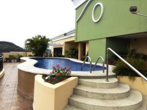 Apartamento En Alquileren Panama, Amador, Panama, PA RAH: 19-11529