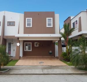Casa En Ventaen Panama, Brisas Del Golf, Panama, PA RAH: 19-11538