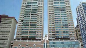 Apartamento En Alquileren Panama, Avenida Balboa, Panama, PA RAH: 19-11565