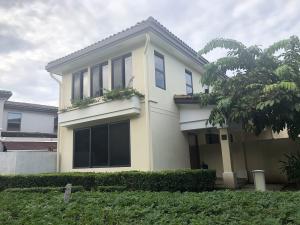 Casa En Alquileren Panama, Panama Pacifico, Panama, PA RAH: 19-11629