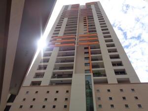 Apartamento En Alquileren Panama, Punta Pacifica, Panama, PA RAH: 19-11778