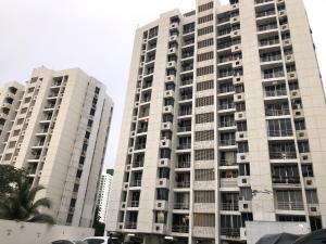 Apartamento En Alquileren Panama, Carrasquilla, Panama, PA RAH: 19-11807