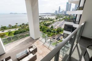 Apartamento En Alquileren Panama, Avenida Balboa, Panama, PA RAH: 19-11942