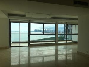Apartamento En Alquileren Panama, Costa Del Este, Panama, PA RAH: 19-11998