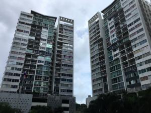 Apartamento En Alquileren Panama, 12 De Octubre, Panama, PA RAH: 19-12024