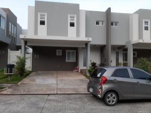 Casa En Alquileren Panama, Brisas Del Golf, Panama, PA RAH: 19-12040