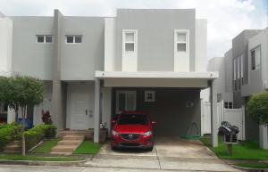 Casa En Ventaen Panama, Brisas Del Golf, Panama, PA RAH: 19-12113