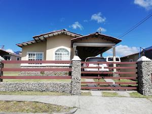 Casa En Ventaen Boquete, Alto Boquete, Panama, PA RAH: 19-12280
