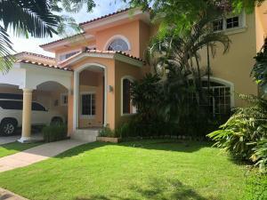 Casa En Alquileren Panama, Costa Del Este, Panama, PA RAH: 19-12380