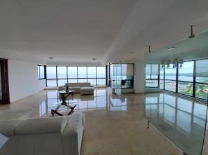 Apartamento En Alquileren Panama, Avenida Balboa, Panama, PA RAH: 19-12491