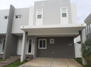 Casa En Ventaen Panama, Brisas Del Golf, Panama, PA RAH: 20-35