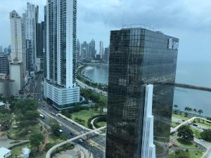 Apartamento En Alquileren Panama, Bellavista, Panama, PA RAH: 20-103
