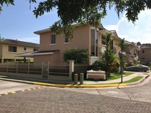 Casa En Ventaen Panama, Clayton, Panama, PA RAH: 20-107