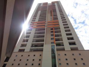 Apartamento En Alquileren Panama, Punta Pacifica, Panama, PA RAH: 20-156