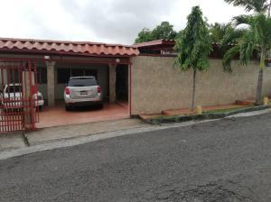 Casa En Ventaen Panama, Pueblo Nuevo, Panama, PA RAH: 20-180
