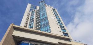 Apartamento En Ventaen Panama, San Francisco, Panama, PA RAH: 20-273